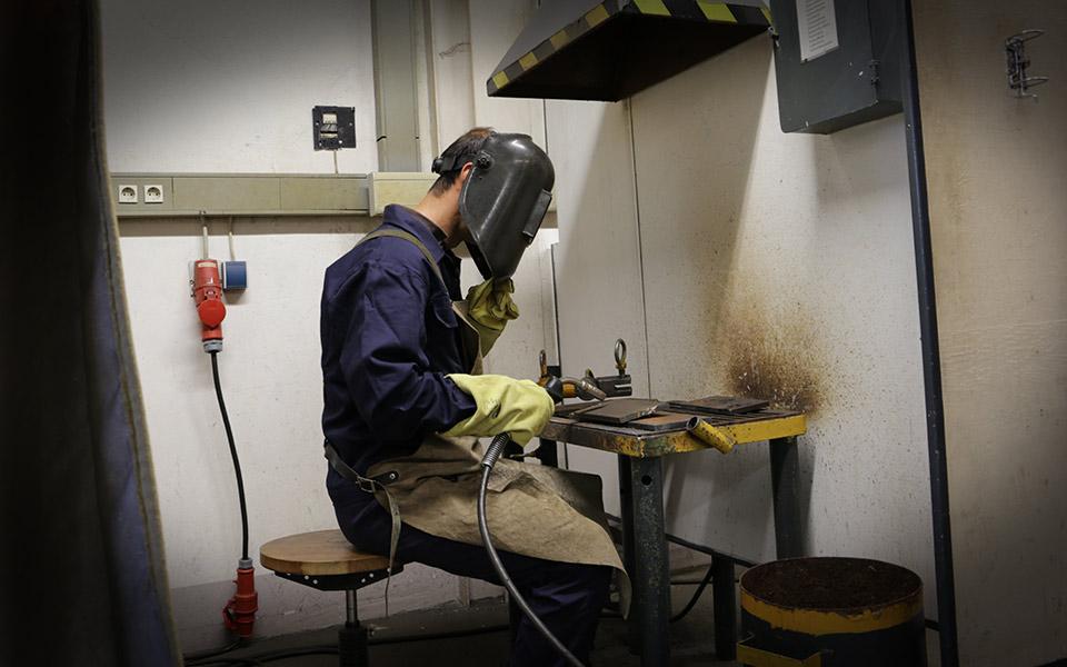 Zeit-und-Service-Metallverarbeitung-Schweißtechnik-Metalltechnik