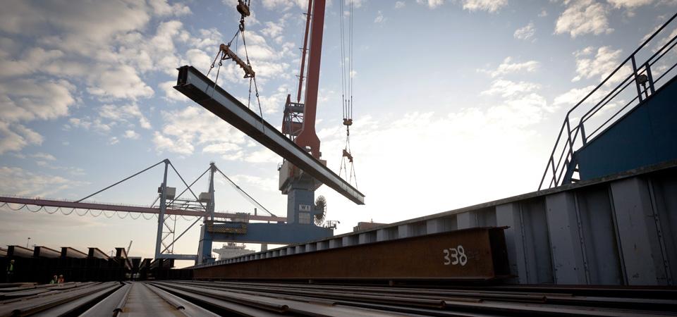 Zeit-und-Service-Training-Hafen-Arbeit-Kran